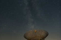 """Milkyway and Astron Radiotelescope at Zwiggelte - Holland"" / Photographer - Jasper Legrand"